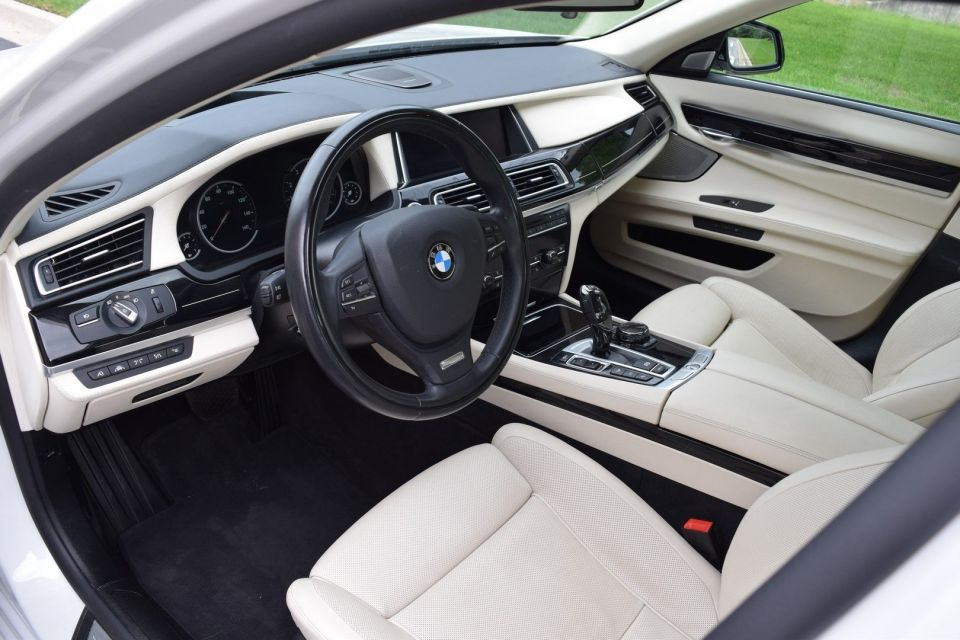 2015 BMW 750xi Individual